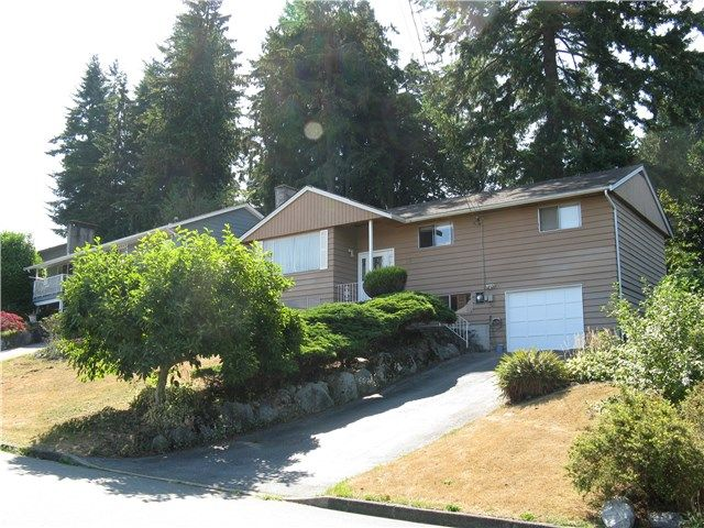 Main Photo: 928 BAKER DR in Coquitlam: Chineside House for sale : MLS®# V1135987