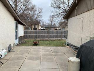 Photo 17: 193 Beckinsale Bay in Winnipeg: St Vital Residential for sale (2E)  : MLS®# 202110508