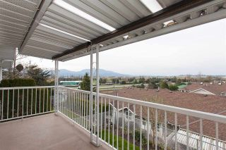 """Photo 18: 57 1973 WINFIELD Drive in Abbotsford: Abbotsford East Townhouse for sale in """"Belmont Ridge"""" : MLS®# R2252224"""