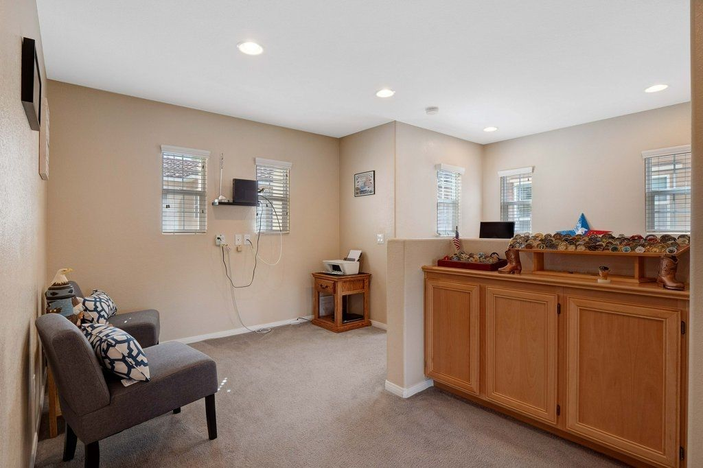 Photo 18: Photos: NATIONAL CITY House for sale : 3 bedrooms : 4102 Verde View