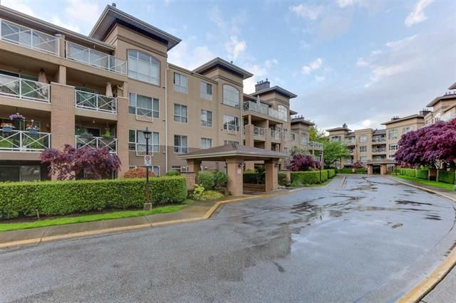 Main Photo: 110 2558 Parkview Lane in Port Coquitlam: Central Pt Coquitlam Condo for sale : MLS®# R2578828