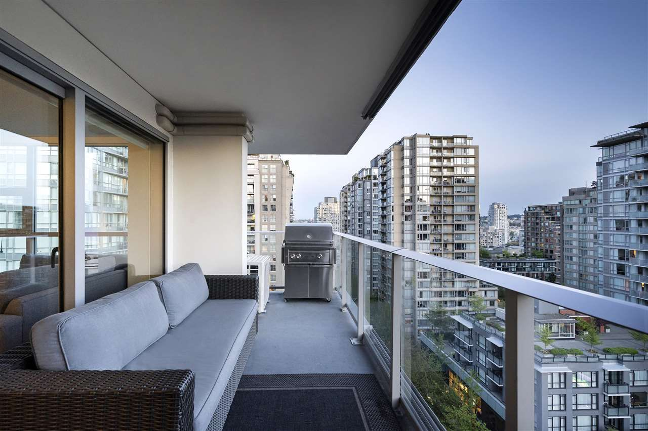 Main Photo: 1603 999 SEYMOUR STREET in Vancouver: Downtown VW Condo for sale (Vancouver West)  : MLS®# R2370197