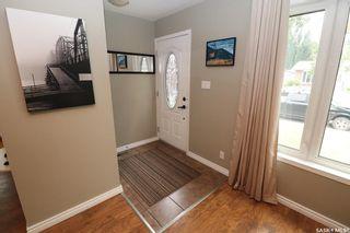 Photo 3: 147 Galbraith Crescent in Saskatoon: Fairhaven Residential for sale : MLS®# SK864390