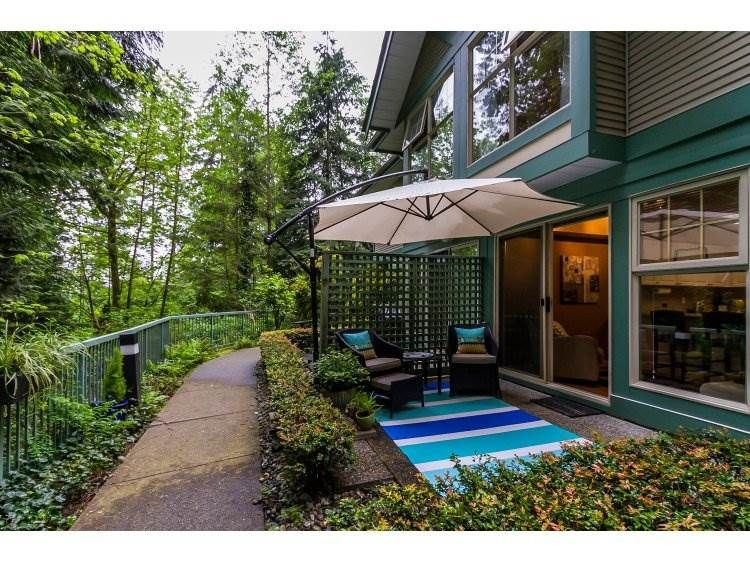 """Main Photo: 2 65 FOXWOOD Drive in Port Moody: Heritage Mountain Townhouse for sale in """"FOREST HILL"""" : MLS®# R2060866"""