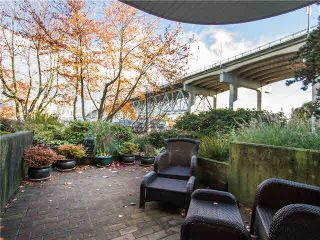 """Photo 17: 102 1502 ISLAND PARK Walk in Vancouver: False Creek Condo for sale in """"THE LAGOONS"""" (Vancouver West)  : MLS®# V1108312"""