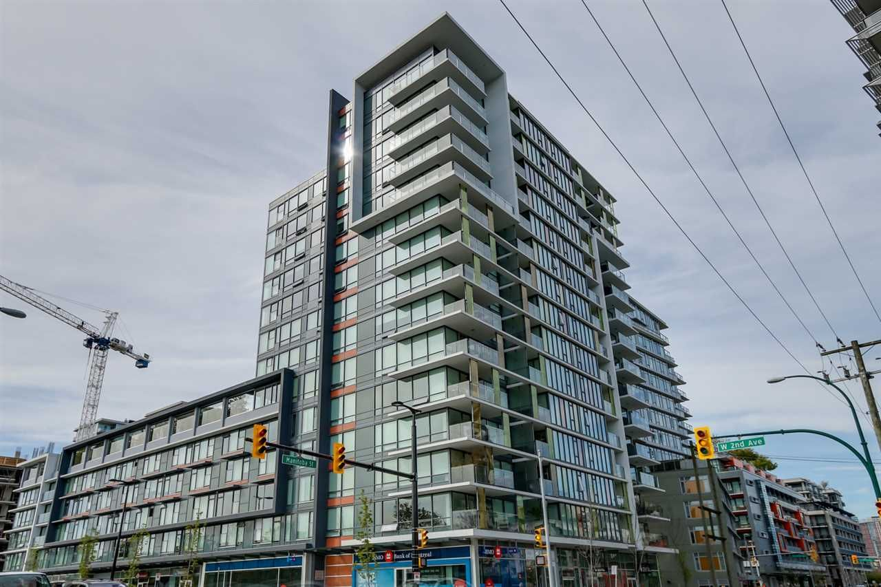 """Main Photo: 322 1783 MANITOBA Street in Vancouver: False Creek Condo for sale in """"RESIDENCES AT WEST"""" (Vancouver West)  : MLS®# R2059428"""