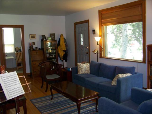 Photo 2: Photos: 272 GUILDFORD Street in WINNIPEG: St James Residential for sale (West Winnipeg)  : MLS®# 1012186