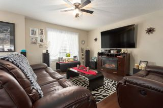 Photo 3: 27 675 ALBANY Way in Edmonton: Zone 27 Townhouse for sale : MLS®# E4237540