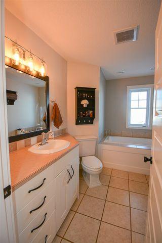 Photo 9: 8615 115 Avenue in Fort St. John: Fort St. John - City NE House for sale (Fort St. John (Zone 60))  : MLS®# R2339343