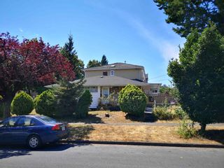 Photo 3: 7287 BERKELEY Street in Vancouver: Fraserview VE House for sale (Vancouver East)  : MLS®# R2607555