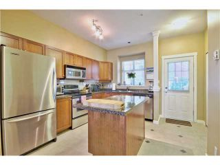 "Photo 3: 114 675 PARK Crescent in New Westminster: GlenBrooke North Townhouse for sale in ""WINCHESTER"" : MLS®# V1051664"