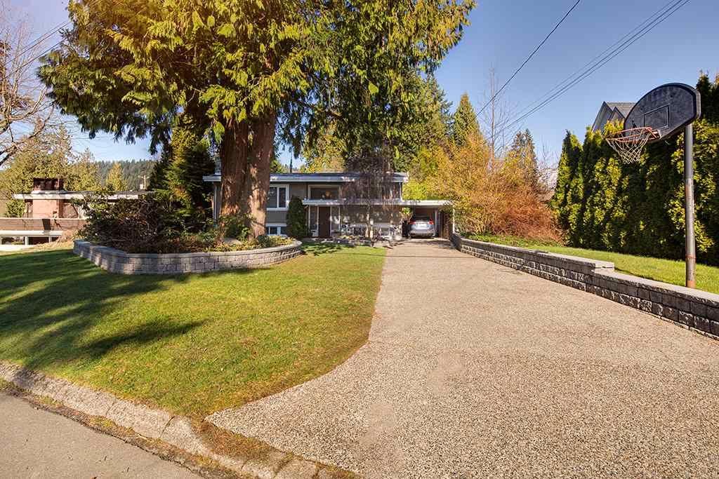"Photo 37: Photos: 885 EILDON Street in Port Moody: Glenayre House for sale in ""GLENAYRE"" : MLS®# R2553137"