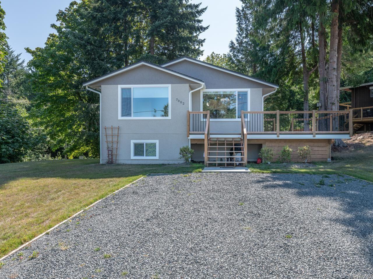 Main Photo: 7002 Warick Rd in LANTZVILLE: Na Lower Lantzville House for sale (Nanaimo)  : MLS®# 835063