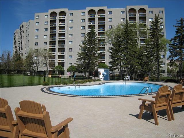 Main Photo: 805 - 3000 Pembina: Condominium for sale (1K)  : MLS®# 1528146