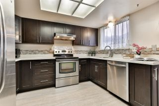 """Photo 9: 7275 CAMANO Street in Vancouver: Champlain Heights Townhouse for sale in """"Solar West"""" (Vancouver East)  : MLS®# R2499706"""