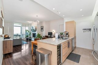 Photo 9: 704 66 Songhees Rd in : VW Songhees Condo for sale (Victoria West)  : MLS®# 867346
