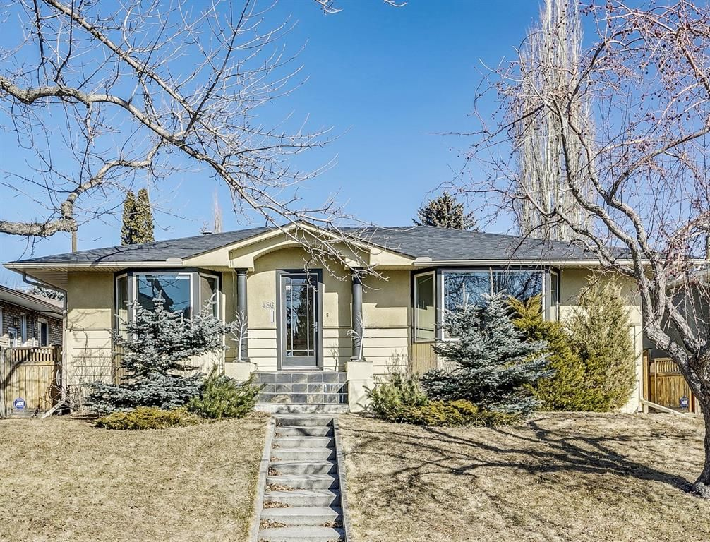 Main Photo: 436 47 Avenue SW in Calgary: Elboya Detached for sale : MLS®# A1077908