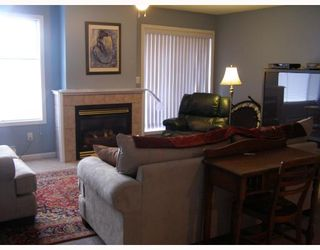 """Photo 3: 11 291 PERIWINKLE Lane in Gibsons: Gibsons & Area Condo for sale in """"GOWER GARDENS"""" (Sunshine Coast)  : MLS®# V809153"""