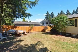 Photo 11: 1905 LYNN Avenue in Abbotsford: Central Abbotsford House for sale : MLS®# R2107862