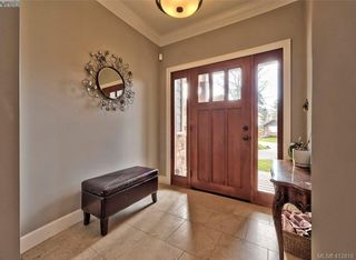 Photo 2: 432 Nursery Hill Dr in VICTORIA: VR View Royal House for sale (View Royal)  : MLS®# 818287