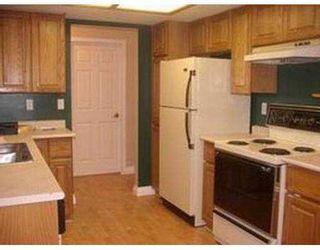 Photo 5: 107 1132 DUFFERIN ST in Coquitlam: Eagle Ridge CQ Condo for sale : MLS®# V564682