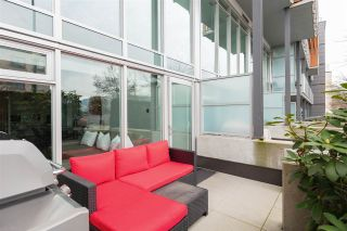 """Photo 2: 272 E 2ND Avenue in Vancouver: Mount Pleasant VE Condo for sale in """"JACOBSEN"""" (Vancouver East)  : MLS®# R2545378"""