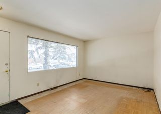 Photo 3: 2211 39 Street SE in Calgary: Forest Lawn Detached for sale : MLS®# A1085601