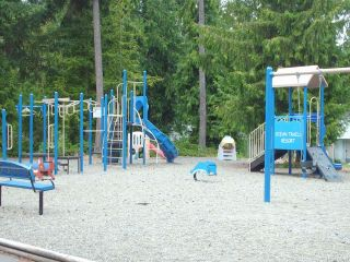 Photo 10: 9 1135 Resort Dr in PARKSVILLE: PQ Parksville Row/Townhouse for sale (Parksville/Qualicum)  : MLS®# 720079