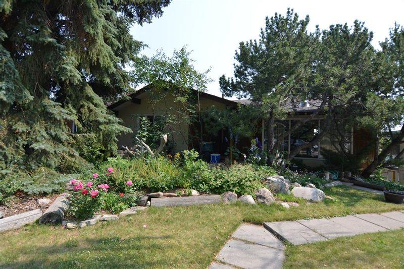 FEATURED LISTING: 6216 Touchwood Drive Northwest Calgary