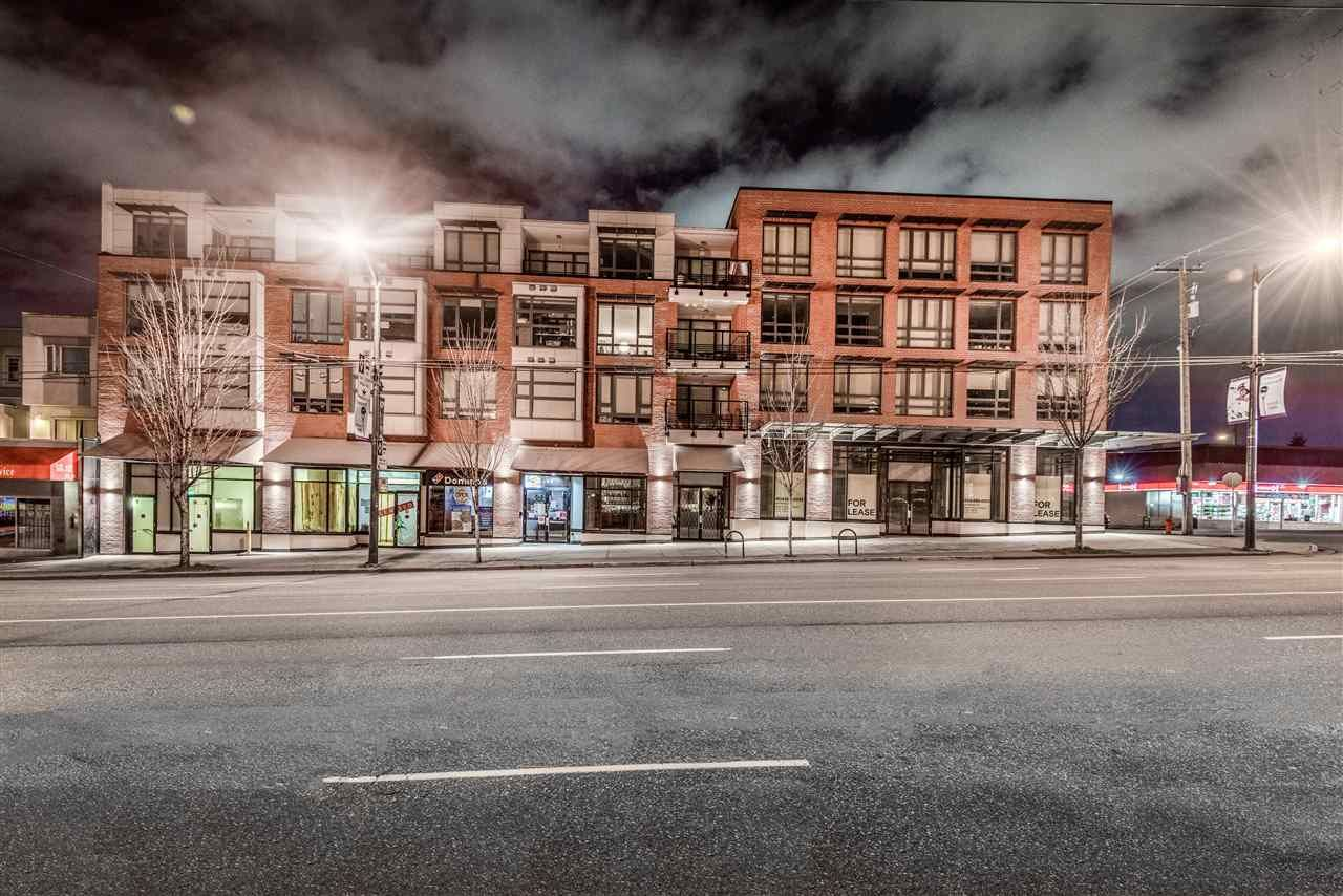 Main Photo: 583 E BROADWAY in Vancouver: Mount Pleasant VE Retail for sale (Vancouver East)  : MLS®# C8036103