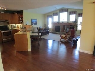 Photo 2: 487 Shorehill Drive in WINNIPEG: Windsor Park / Southdale / Island Lakes Residential for sale (South East Winnipeg)  : MLS®# 1315327