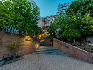 Photo 12: 111 2274 Folkestone Way in : Panorama Village Condo for sale (West Vancouver)  : MLS®# V1134389
