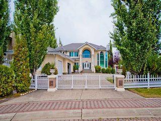 Photo 1: 223 Wilson Lane in Edmonton: Zone 22 House for sale : MLS®# E4220385