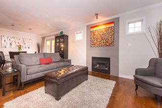 Photo 3: 2608 ST. CATHERINES Street in Vancouver: Mount Pleasant VE 1/2 Duplex for sale (Vancouver East)  : MLS®# R2009853