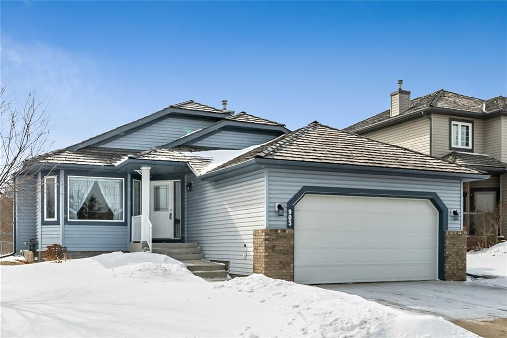 Main Photo: 903 WOODSIDE Way NW: Airdrie Detached for sale : MLS®# C4291770