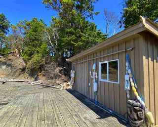Photo 16: 6601 RAZOR POINT Road: Pender Island House for sale (Islands-Van. & Gulf)  : MLS®# R2460989