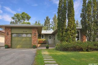 Photo 1: 3114 Lakeview Avenue in Regina: Lakeview RG Residential for sale : MLS®# SK868181