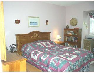 "Photo 8: 37 11737 236TH Street in Maple_Ridge: Cottonwood MR Townhouse for sale in ""MAPLE WOOD CREEK"" (Maple Ridge)  : MLS®# V696012"