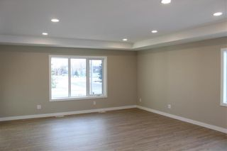 Photo 9: 502 First Avenue North in Landmark: R05 Residential for sale : MLS®# 202104609