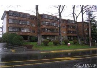 Main Photo:  in VICTORIA: Es Rockheights Condo for sale (Esquimalt)  : MLS®# 355654