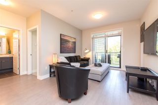 """Photo 10: 305 20062 FRASER Highway in Langley: Langley City Condo for sale in """"VARSITY"""" : MLS®# R2508491"""