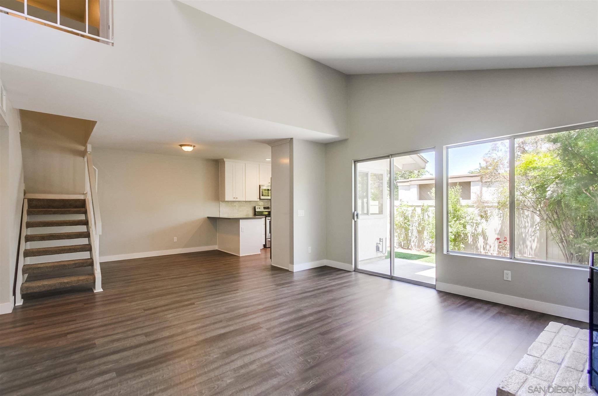 Main Photo: RANCHO BERNARDO Townhouse for sale : 3 bedrooms : 17532 Caminito Canasto in San Diego