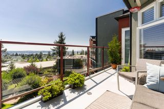 """Photo 3: 511 121 W 29TH Street in North Vancouver: Upper Lonsdale Condo for sale in """"Somerset Green"""" : MLS®# R2608574"""