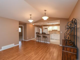 Photo 16: 106 2077 St Andrews Way in COURTENAY: CV Courtenay East Row/Townhouse for sale (Comox Valley)  : MLS®# 836791