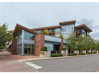 Photo 2: 403 662 Goldstream Ave in VICTORIA: La Fairway Condo for sale (Langford)  : MLS®# 732903