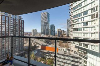 """Photo 10: 1607 501 PACIFIC Street in Vancouver: Downtown VW Condo for sale in """"The 501"""" (Vancouver West)  : MLS®# R2561334"""