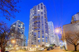 "Photo 2: 2304 738 BROUGHTON Street in Vancouver: West End VW Condo for sale in ""Alberni Place"" (Vancouver West)  : MLS®# R2369101"