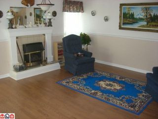 """Photo 6: 104 13725 72A Avenue in SURREY: East Newton Townhouse for sale in """"PARK PLACE ESTATES"""" (Surrey)  : MLS®# F1108877"""
