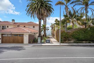 Photo 66: LA JOLLA House for sale : 4 bedrooms : 5735 Dolphin Pl