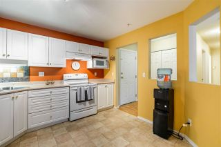 "Photo 4: 307 2435 CENTER Street in Abbotsford: Abbotsford West Condo for sale in ""CEDAR GROVE PLACE"" : MLS®# R2466692"